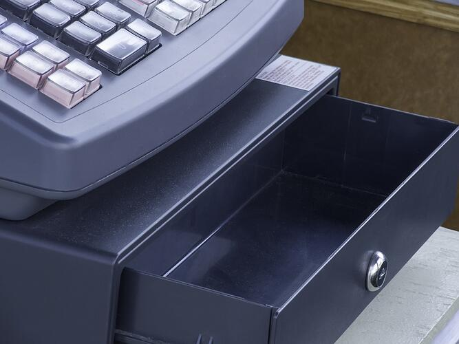 Empty cash drawer